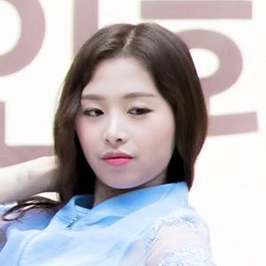 Chaewon April